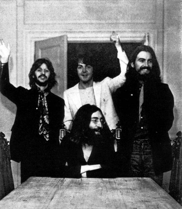 37.)甲壳虫乐队的最后一张照片。