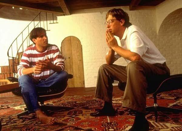 25.)史蒂夫·乔布斯和比尔·盖茨。