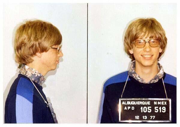 2.)比尔·盖茨(Bill Gates)的无证驾驶照片(1977)。