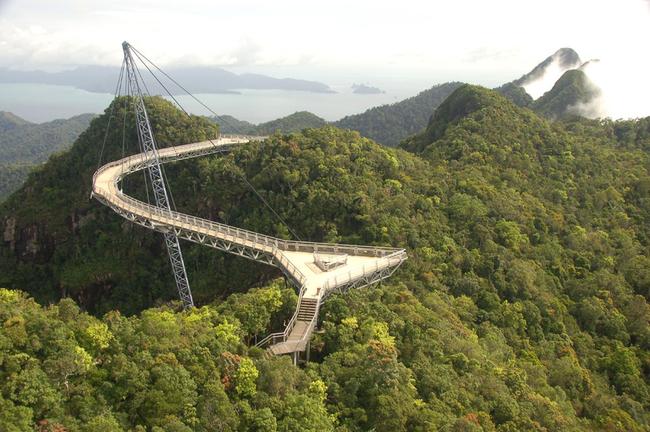 马来西亚兰卡威天桥