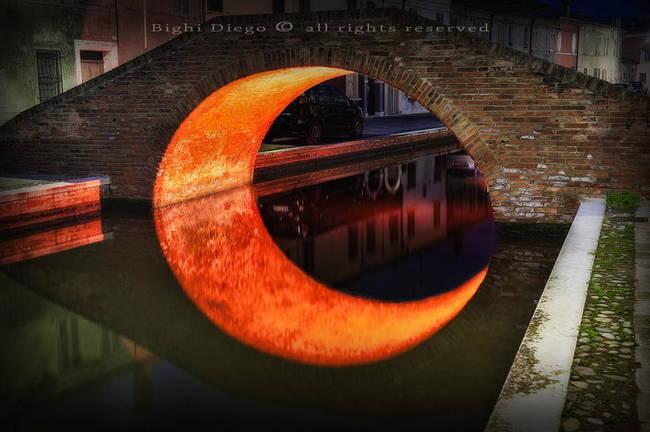 意大利费拉拉月亮桥