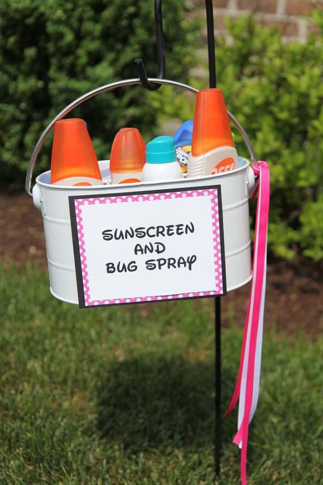 Never Throw A Boring Party Again With These 25 Outdoor ... on backyard carnival party ideas, backyard deck party ideas, backyard beach house ideas, indoor carnival party ideas, backyard farm party ideas, backyard dinner party ideas, backyard engagement party ideas, backyard party lighting ideas, backyard pirate ideas, backyard beach landscaping, backyard party game ideas, backyard island party ideas, backyard beach decorating, cheap backyard lighting ideas, backyard princess party ideas, backyard soccer ideas, backyard beach parties, backyard bday party ideas, backyard family ideas, backyard thanksgiving ideas,