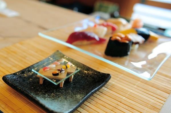 19. Sushi udah cukup kecil ...
