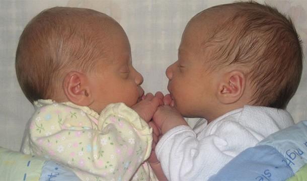 Twins Separated at Birth Who Had Incredibly Similar Lives