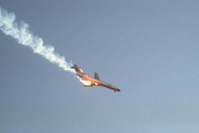 Final image of Pacific Southwest Airlines (PSA) Flight 182 that collided with another aircraft over San Diego in 1978. All 139 passengers perished.