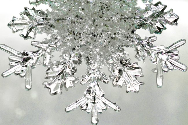 The largest snowflake ever recorded reportedly measured 15 inches across.