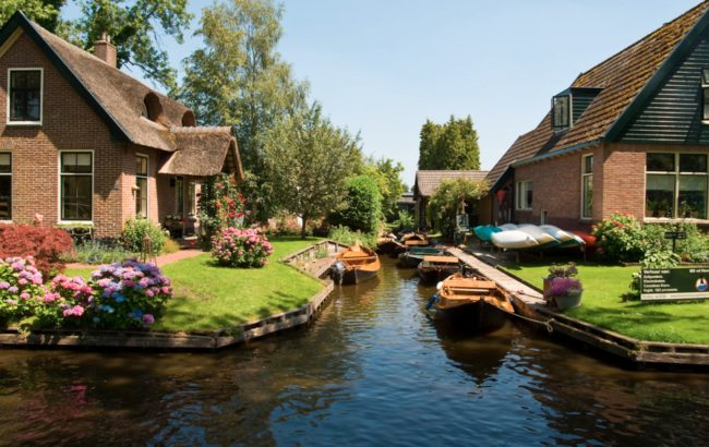 The Dutch village of Giethoorn has no roads. Its buildings are connected entirely by canals and footbridges.