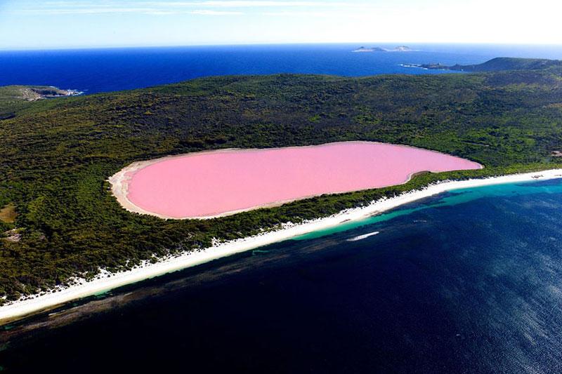Lake Hillier - Australia
