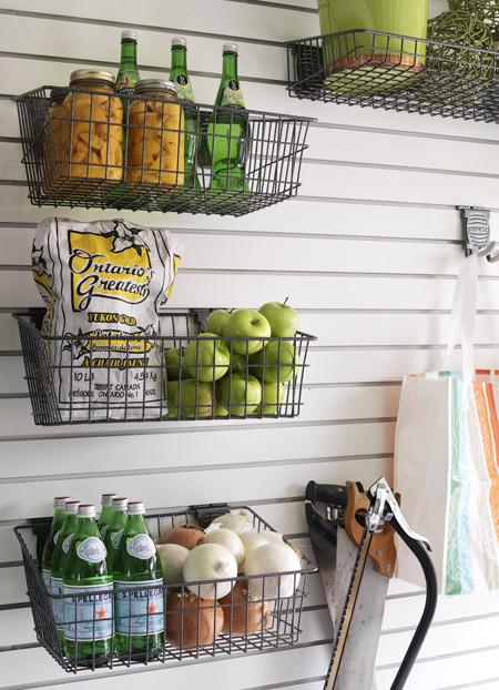 如果您需要一些额外的空间,请尝试一下铁丝网筐。